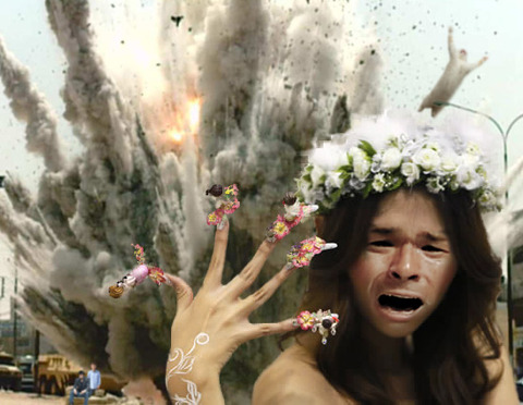 照英が爆風から逃れながらネイルアートしてる画像ください