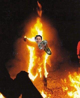 照英さん宅が全焼したときの、火だるまになりながらも500匹のハムスターを逃がしている画像ください