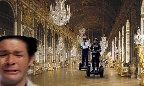 照英が泣きながらベルサイユ宮殿で警備員に追いかけられてる画像ください
