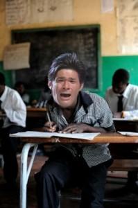 照英が泣きながら受験勉強してる画像ください