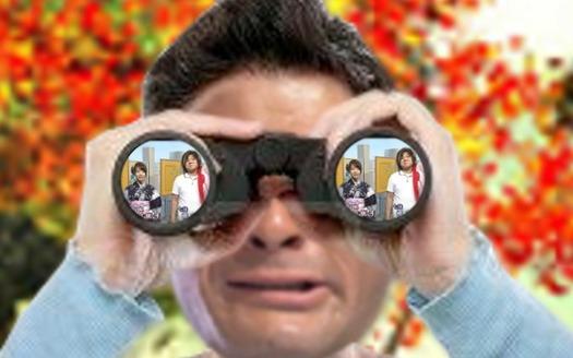 照英が泣きながら油揚げの上に正座して双眼鏡でNHKの将棋講座見てる画像ください