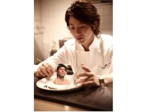 川越シェフが照英を料理してる画像ください