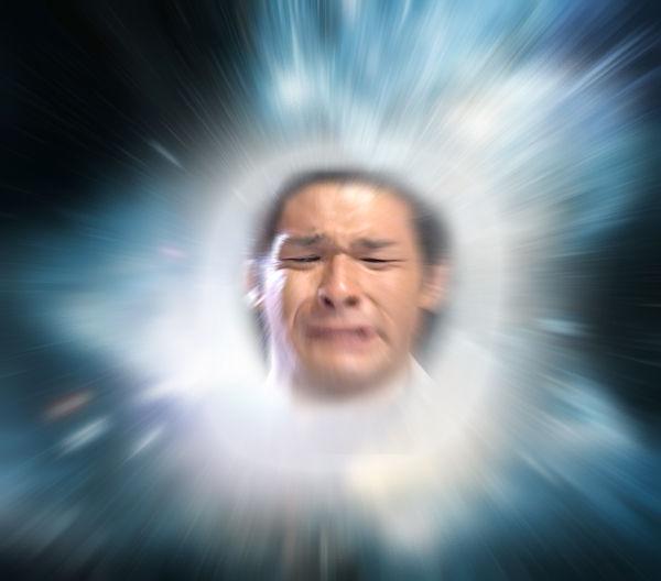 ビッグバンを起こしている照英の画像ください